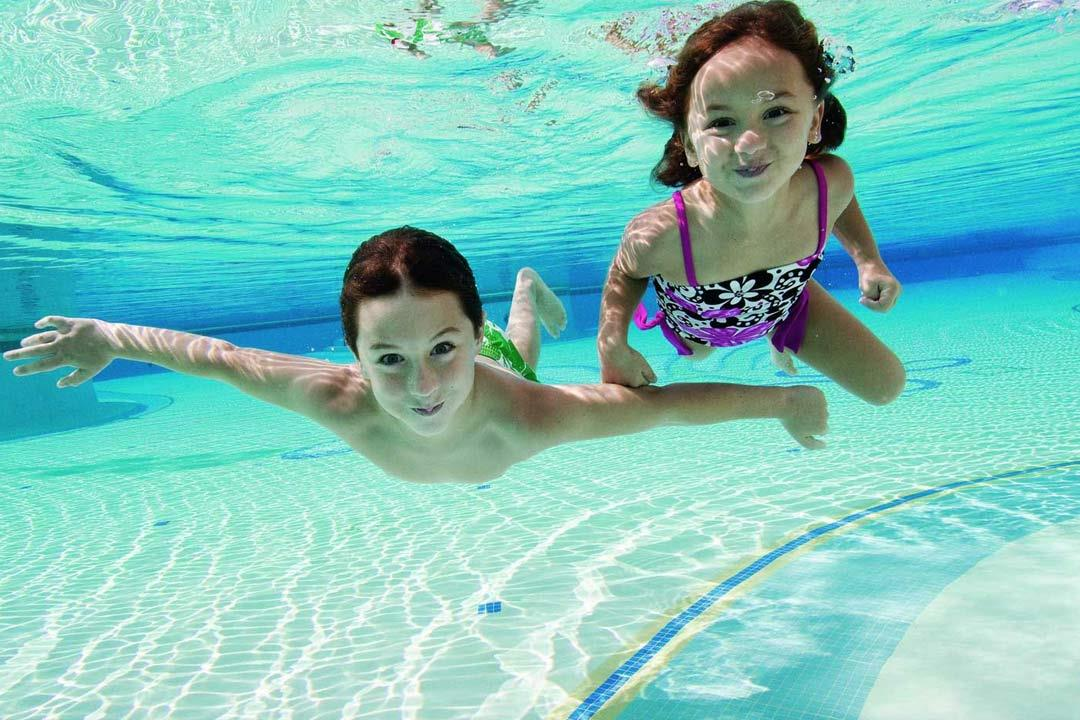 Dubai reopens swimming pools