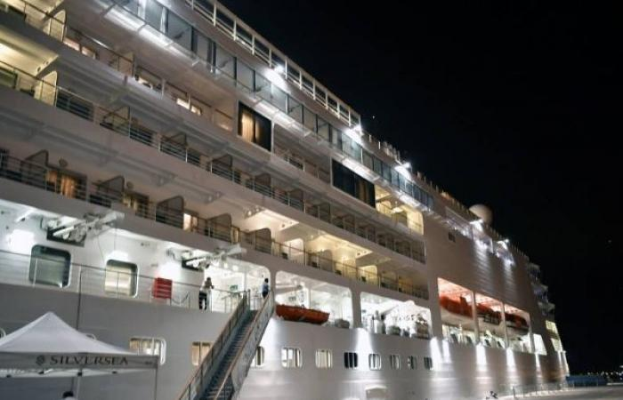 Cruise ship in Saudi Arabia returns after suspected COVID-19 case