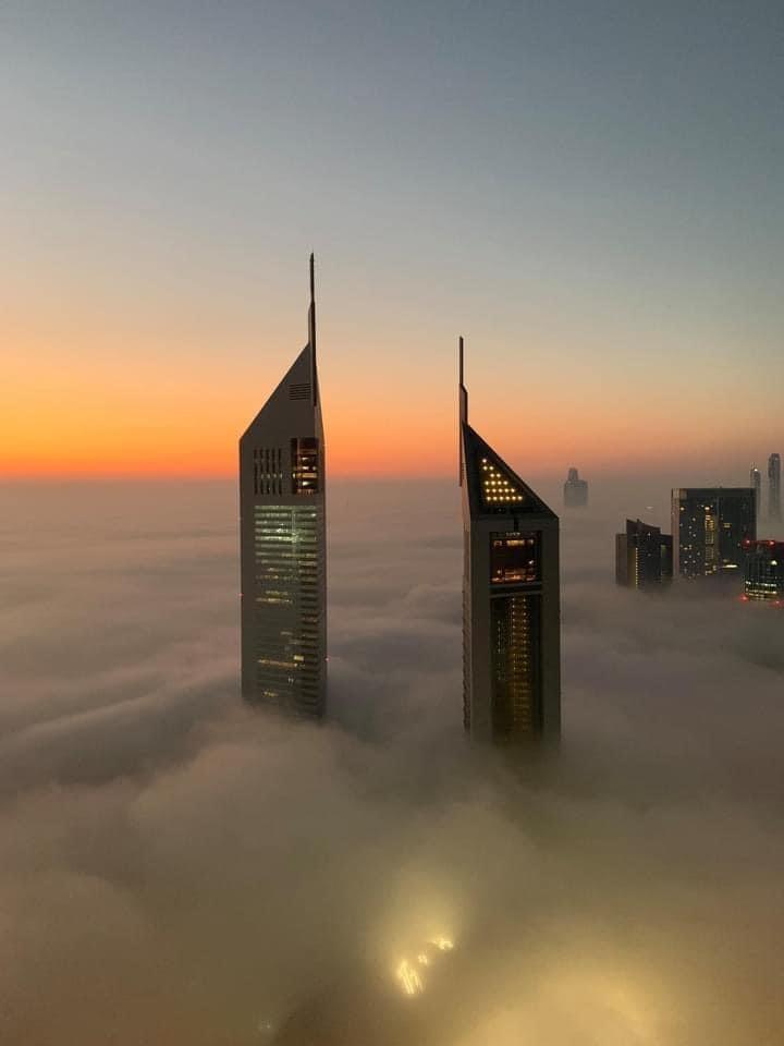 Thick fog covers city of Dubai